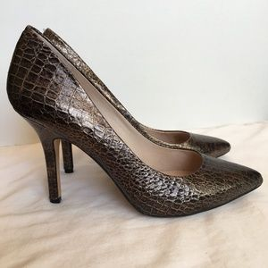 Vince Camuto 9 Bronze Mock Croc Pumps